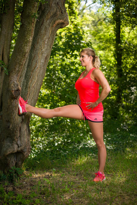 edzés a szabadban térdhjlítás